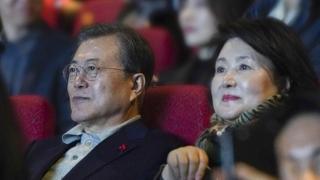 """문대통령 '천문' 관람…""""우리의 역법 만드는 깊은 영화"""""""