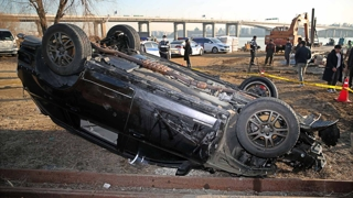 성산대교 차량 추락…급발진 가능성도 수사
