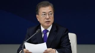 """재계와 코로나 대책 논의한 문 대통령…""""믿고 투자해달라"""""""