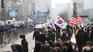보수단체, 광화문광장 집회 강행…공화당은 취소
