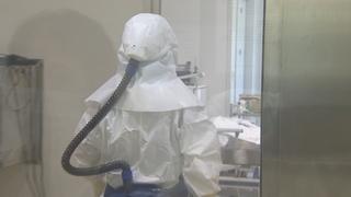 """진료 중 확진자 접촉한 의사 숨져…""""첫 의료인 사망"""""""