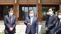 [현장연결] 문대통령, 오세훈·박형준 시장과 오찬 간담회