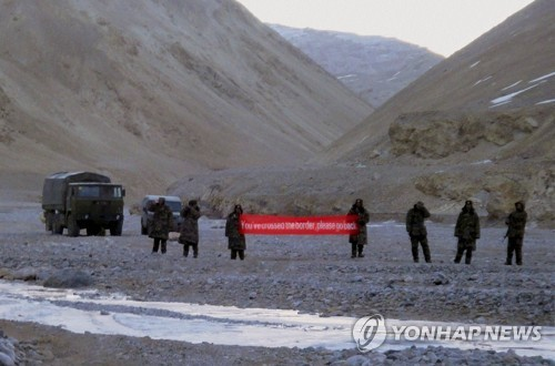 """중국-인도 시킴 국경대치…""""55년만에 최장 대치"""""""