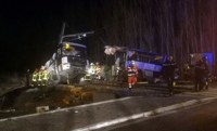 프랑스 남부서 열차-스쿨버스 충돌…어린이 4명 사망·20여명 부상
