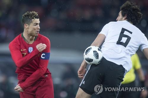 '미리 보는 결승전' 독일-스페인, 1-1 무승부