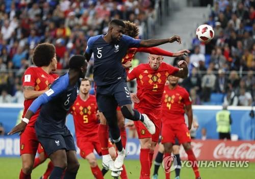 프랑스-벨기에 4강전 코너킥 상황에서 나온 프랑스 움티티의 헤딩 결승골