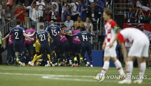 [월드컵] '20년을 기다렸는데'…다시 프랑스 못 넘은 크로아티아