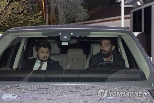 터키 축구스타 투란의 추락…'박치기 상해' 혐의 중형 위기
