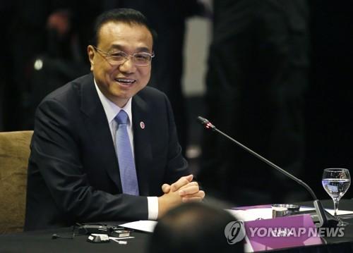 """중국·캐나다 총리 회동…""""FTA 협상 계속 추진할 것"""""""