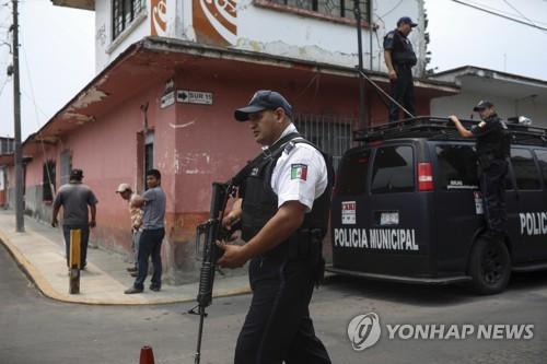 '31발 총격'에 쓰러진 멕시코 여시장…이틀새 시장 2명 피살
