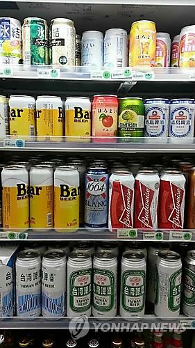 일본 편의점 맥주 [연합뉴스 자료사진]