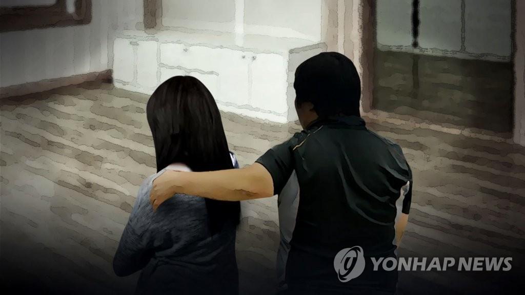 친딸 9년간 성추행 아버지 2심서 형량 늘어(CG)