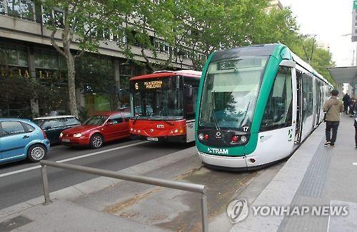 스페인 바르셀로나 노면전차 트램