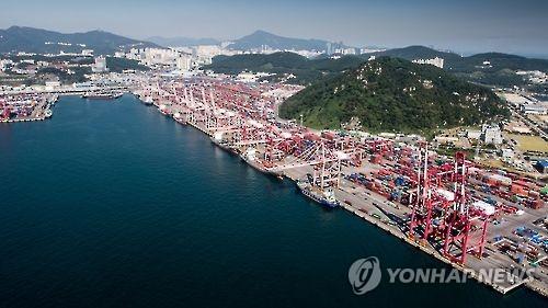 부산 북항 컨테이너부두 [연합뉴스 자료사진]