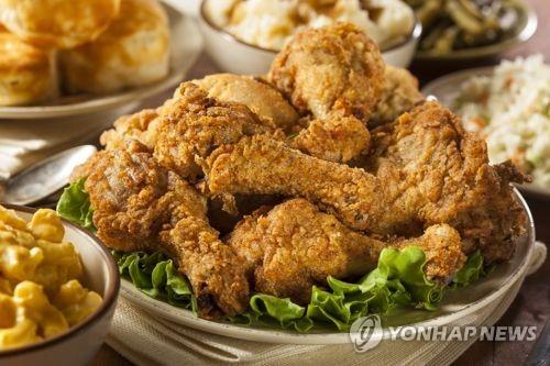 치킨집 돈벌이 제자리걸음… 편의점의 30% 수준