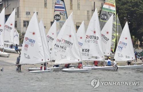 제17회 아시아요트선수권 레이저 종목 경기 모습