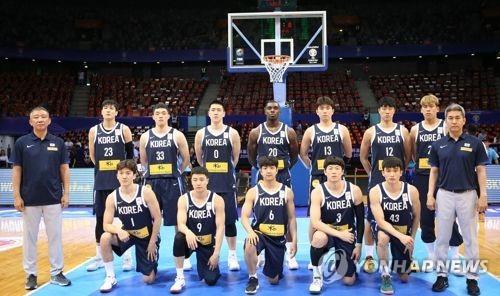 한국 남자농구 선수단
