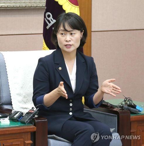 """""""불필요한 행사는 사절"""" 박인영 부산시의장 의정에 '새바람'"""