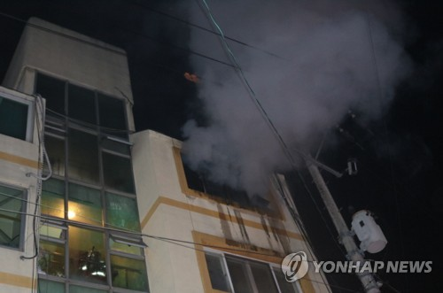 인천 청학동 빌라서 한밤중에 불…집에 있던 30대 숨져