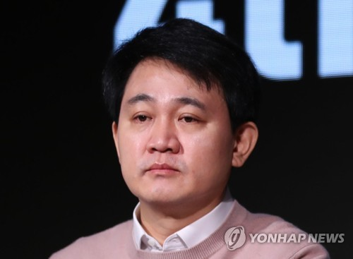 """넷마블 방준혁 """"MMORPG에 산업 정체…장르 다양화·융합 필요"""""""