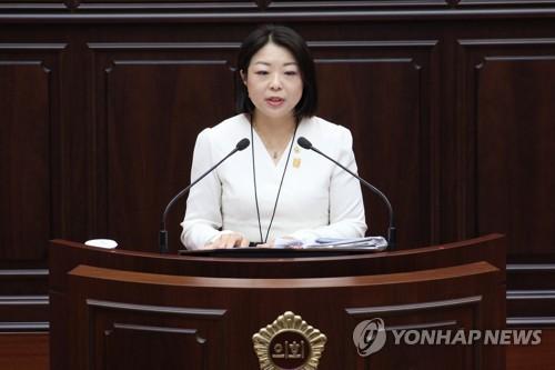 """[휴먼n스토리] """"어디든 소녀상 세울 수 있도록…"""" 김민정 부산시의원"""