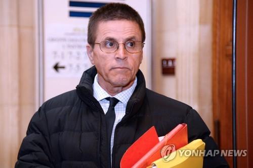 폭탄테러 혐의 벗은 하산 디아브 전 캐나다 오타와대 교수