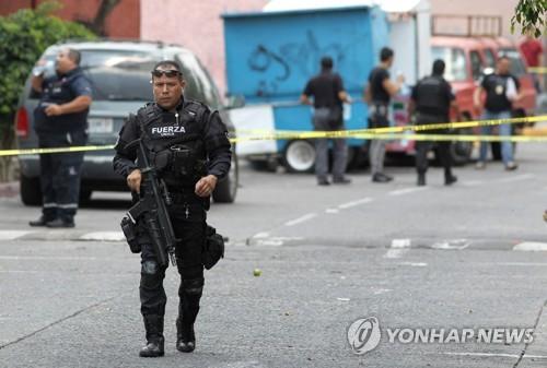 멕시코 경찰 잇단 피살 수난…무참히 훼손된 시신 2구 발견