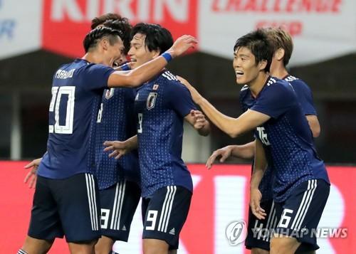 일본 축구, 파나마에 3-0 대승