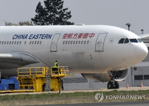 항공사들, 중국 노선 여객기 좌석 뜯고 화물 날라