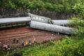 중국 후난성서 열차 탈선 사고…1명 사망·127명 부상