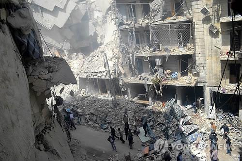 시리아내전 '최대 격전지' 알레포의 파괴된 거리