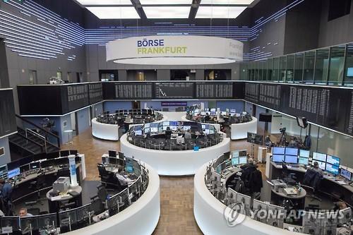 [유럽증시] 무역전쟁 추이 지켜보며 관망세…런던 0.06%↑