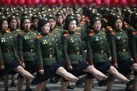 """""""힘들어 생리도 안해""""…북한군 인권실태 조명"""