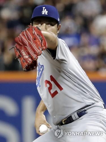 다르빗슈, 다저스 홈 데뷔전서 6이닝 3실점…패전은 면해