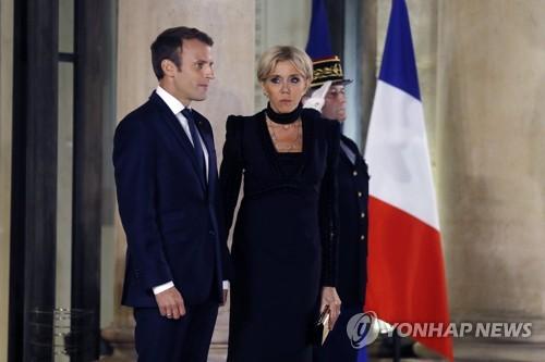 에마뉘엘 마크롱 프랑스 대통령 부부