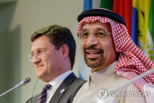"""OPEC·러시아, 내달 증산방안 논의…""""하루 100만배럴 늘릴듯""""(종합)"""