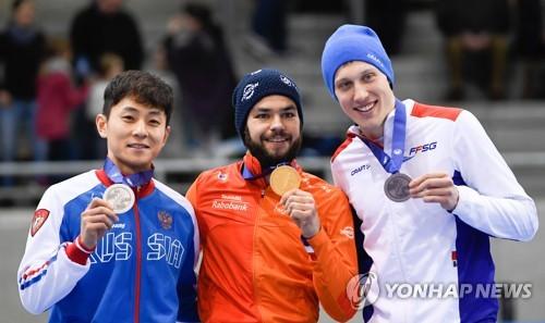 빅토르 안, 평창 앞두고 유럽 쇼트트랙선수권 500m 은메달