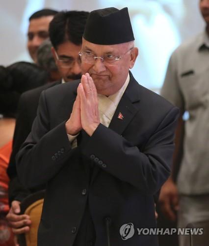 '친중 성향' 네팔 총리, 6일간 중국 방문…'일대일로' 동참 강조