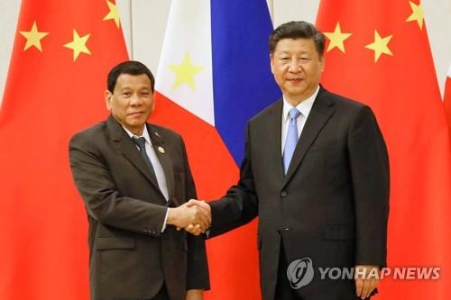 中과 원유 공동탐사 추진하던 필리핀, 독자노선 걷나
