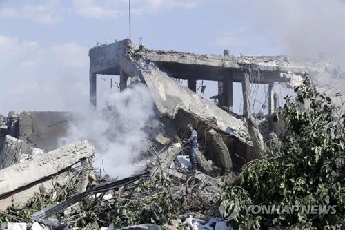 올해 4월 미·영·프 공습으로 파괴된 시리아 화학무기 연구 의심시설