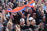 아르메니아 총리, 반정부시위에 굴복·사임…시위대, 승리 환호