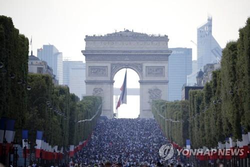 [월드컵] 20년만의 우승컵 탈환…'프랑스 만세' 전국 환호