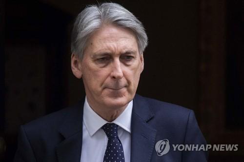 中 견제 발언 후폭풍? 英 재무장관 중국 방문 취소