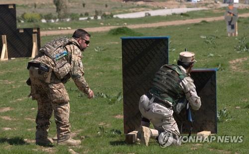 美-이란 긴장고조에 獨, 이라크서 군사훈련 지원활동 중단(종합)
