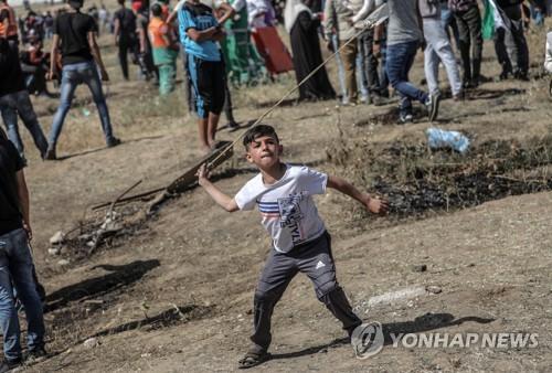 """팔레스타인 '대재앙의 날' 시위…""""이스라엘군 진압에 50명 부상"""""""