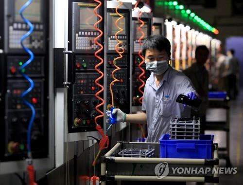 亞기업 체감경기 전망 소폭 개선…경기침체 우려는 커져