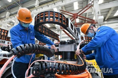 한국 제조업 경기 2009년이후 가장 가파른 위축…PMI 44.2