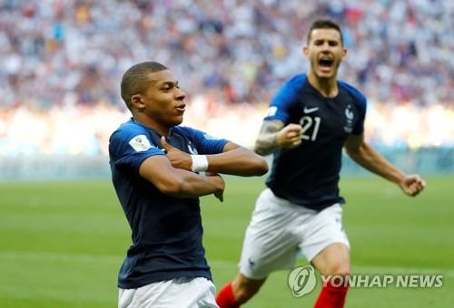 [월드컵] '펠레급 활약' 음바페, 프랑스 차세대 영웅 선언