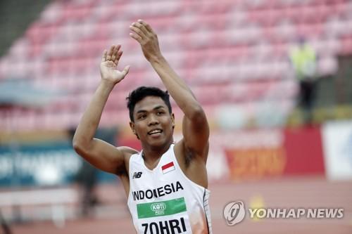 세계주니어육상선수권 남자 100m 챔피언 조흐리