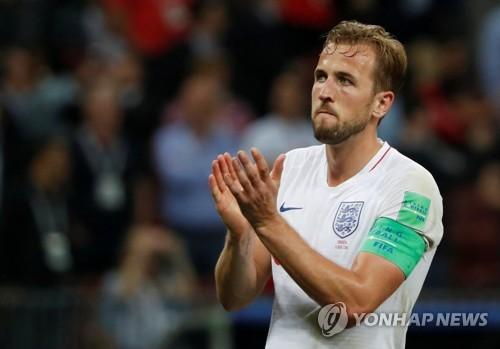 크로아티아와 4강전 1-2 패배를 아쉬워하는 잉글랜드의 간판 해리 케인
